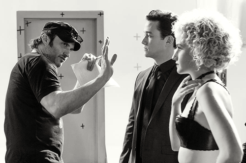 Robert Rodriguez directs Joseph Gordon-Levitt and Julia Garner on set of Sin City: A Dame to Kill For (2014).