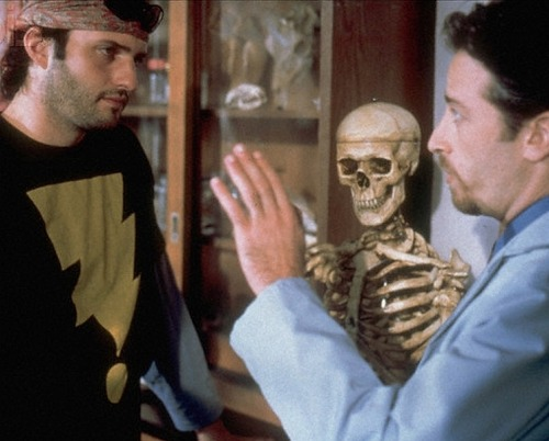 Robert Rodriguez and Jon Stewart on the set of The Faculty (1998).